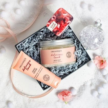Set cadou Delicious Promise, crema de maini, sapun solid, sare de baie, Organique