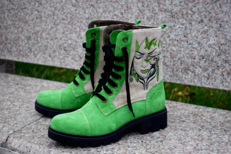 ghete dama, broderie fata fluturi, lana fiarta, lana,embroidery boots, incaltaminte comoda, leather boots