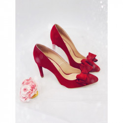 Red Wine Bow