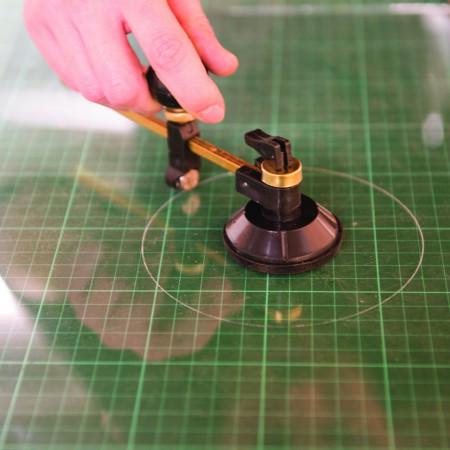 Taietor de sticla pe rotund , 65-300 mm , Silverline Circular Glass Cutter