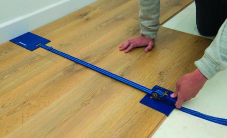Dispozitiv tip clema pentru instalarea / strangerea parchetului Silverline Laminate Floor Clamp