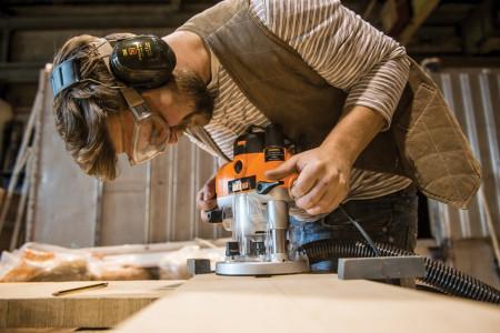 Freza lemn profesionala, 2400W, maner multifunctional, 1/2 - 12mm, Triton
