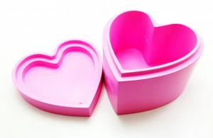 Cutie bijuterii in foma de inimioara din lemn, roz , Pretty things