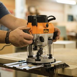 Freza lemn, oberfreza lemn profesionala, 1400W, 21000rpm, variator, Triton MOF001