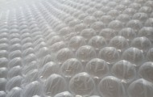 Folie cu bule 40 cm X 100 m . rola 40 m2