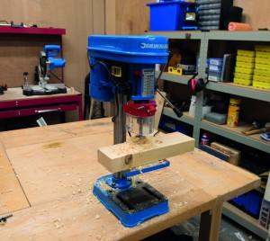 Masina de gaurit cu coloana , 5 viteze , Silverline DIY 350W Drill Press 250mm , 2650 rpm