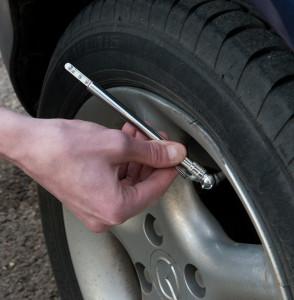 Tester presiune roti auto, moto, 10-100 psi, Silverline