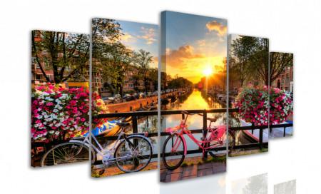 Tablou modular, Plimbare cu bicicleta