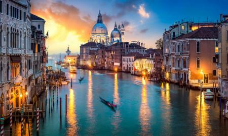 Tablou modular, Veneția în noapte.