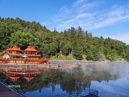 Fototapet, Peisajul cu lac