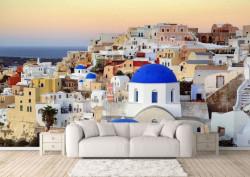 Fototapet, Un oraș cu clădiri albe la răsăritul soarelui