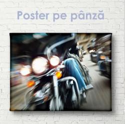 Poster, Mișcare lentă