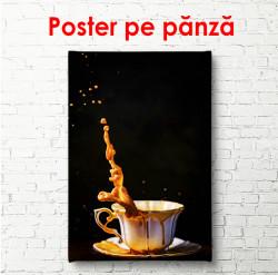 Poster, Stropi de cafea pe fond negru