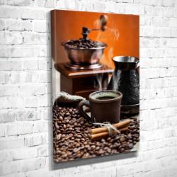 Tablouri Canvas, Paharul alb cu cafea fierbinte pe fundalul unui perete portocaliu și al unei mașini de tocat cafea