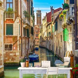 Fototapet, Orașul frumos pe apă