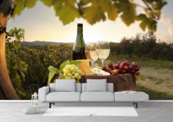 Fototapete Alimente și băuturi, Vinul cu struguri pe fundalul câmpului