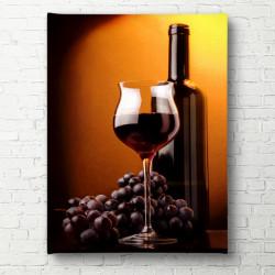 Tablouri Canvas, Un pahar și o sticlă de vin pe un fond maro