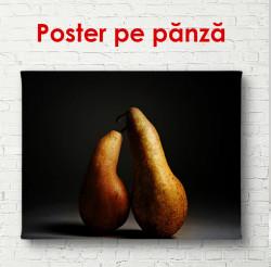 Poster, Două pere pe fundal negru