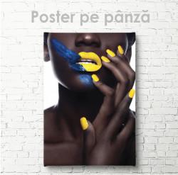 Poster, Manichiură galbenă