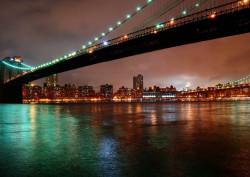 Fototapet, Orașul fermecat în noapte