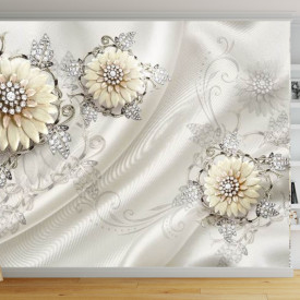 Fototapete 3D, Flori bej cu frunze de pietre prețioase pe un fundal de catifea albă