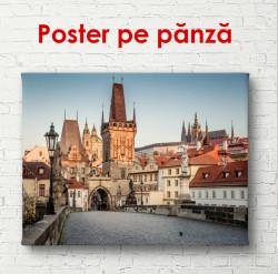Poster, Podul frumos al orașului la răsărit