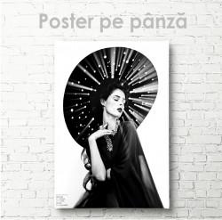 Poster, Portret alb-negru al unei fete în pălărie