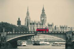 Fototapet, Autobuzul roșu de pe pod
