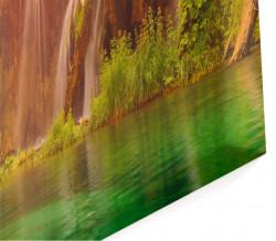 Tablou modular, Cascada pe fundalul apusului.