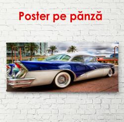 Poster, Mașină albastră într-un oraș frumos