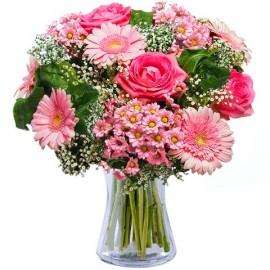 Poze Frumusete roz: trandafiri roz si gerbera