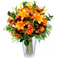 Dragoste Tandra: Crini portocalii si garoafe