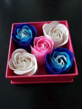 Poze Cadou Aranjament Trandafiri de sapun