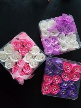 Poze Cadou trandafiri de sapun set 16 buc