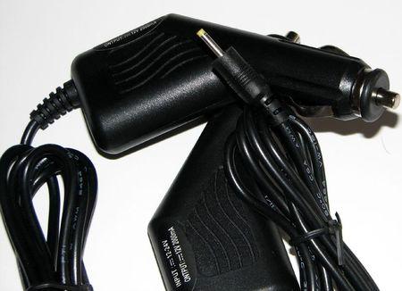 Incarcator 12v 2A cu mufa rotunda de 2.5 mm - auto
