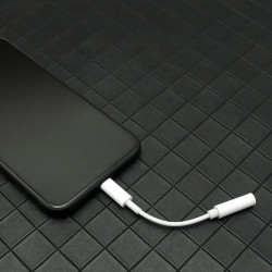 Adaptor audio USB tip C to Jack Audio 3.5 mm