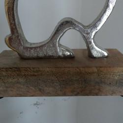 Ornament de Paste, silueta iepure, aluminiu pe lemn de Mango