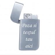 Bricheta personalizata argintie antivant gravata cu poza si textul tau e2