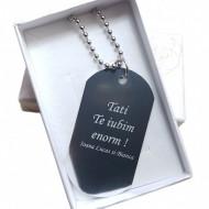 Lantisor personalizat metalic cu placuta, pandantiv stil soldat, gravat textul tau