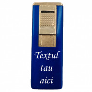 Bricheta metalica gravata personalizata cu textul tau, cu gaz, antivant, reincarcabila, albastra, cutie