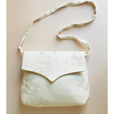 Poșetă țesătură crep mătase naturală, alb, imprimat cu fir argintiu.