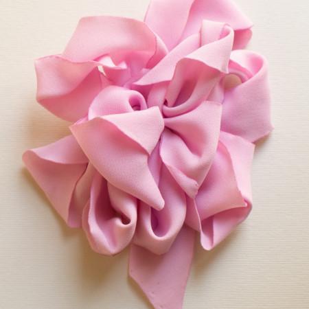 Floare crep roz.