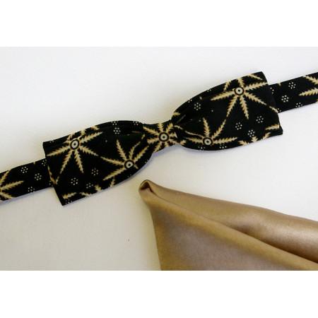 Papion gri închis imprimat, lățime 3,5 cm, batistă bej uni (nuanța nisip).