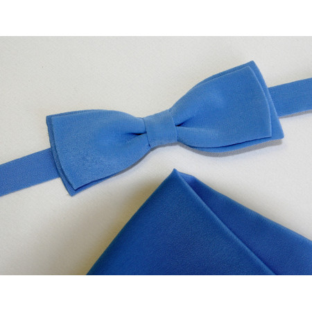 Papion bleu uni, lățime 4 cm, batistă bleu uni.
