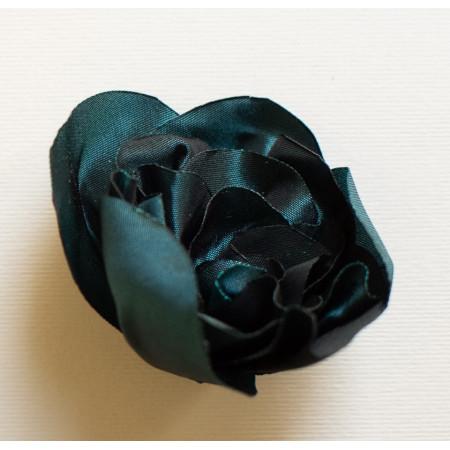 Floare broșă din tafta verde turcoiz închis, diametrul de 7 cm.