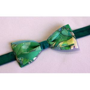 Papion mătase verde imprimat și uni.