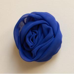 Floare voal albastru.