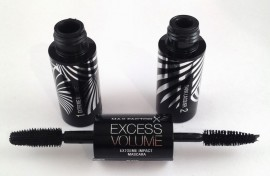 Poze Mascara Max Factor Excess Volume Extreme Impact Black