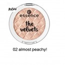 Fard de pleoape Essence Velvets Eyeshadow 02 almost peachy!