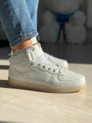 Adidas Gheată cod: EDA 123 Led